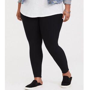 Torrid Black Ponte Skinny Dress Pants Plus Size 4X